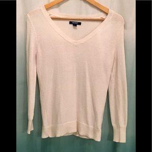 Euc worn once white v neck knit sweater